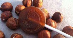 Prírodné medové lízatko beeLOL 10g - orechové